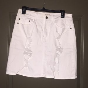 EUC distressed white denim skirt